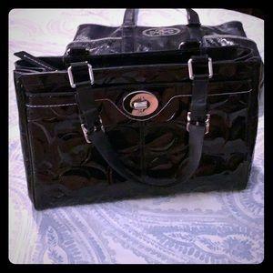 Coach Patent leather medium size hand bag